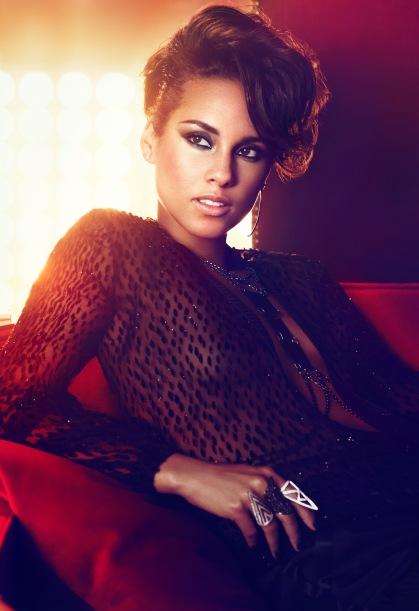Alicia-Keys-Girl-on-Fire-Album-Promo-6