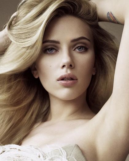 Scarlett-Johansson-17