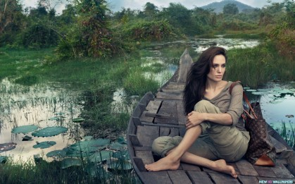 Angelina-Jolie-with-Louis-Vui-Photoshoot