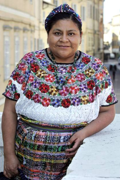 hbz-female-nobel-peace-prize-Rigoberta-Menchu-Tum-lg
