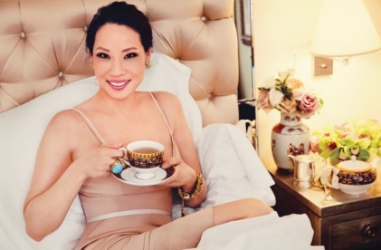 Lucy-Liu-Watch-Magazine-October-2013-lucy-liu-35975034-596-391