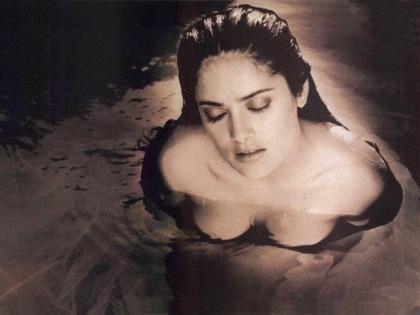 Sexy Salma Hayek Images (10)