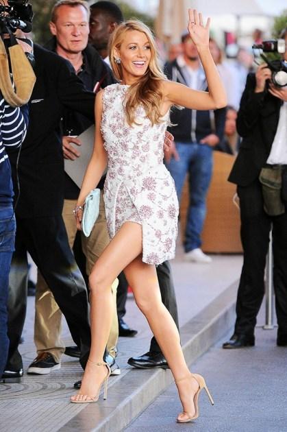 blake-lively-Vogue-16May14-wenn_b_592x888