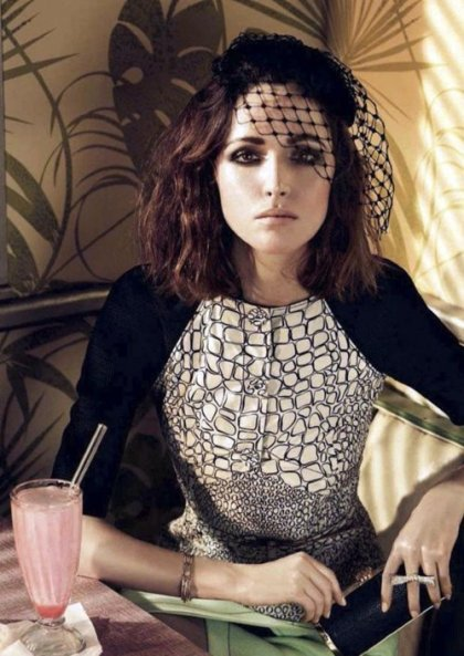 Rose-Byrne-for-InStyle-UKs-May-2012-Issue-5