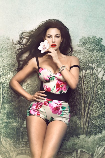 Monica-Bellucci-Signe-Vilstrup-Photoshoot-for-Vanity-Fair-Italy-2012-1