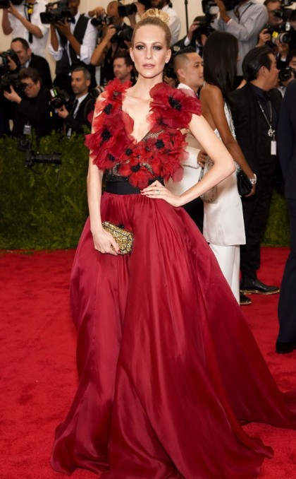 rs_634x1024-150504154345-634.Poppy-Delevingne-met-gala-red-carpet.jw_.5415-634x1024
