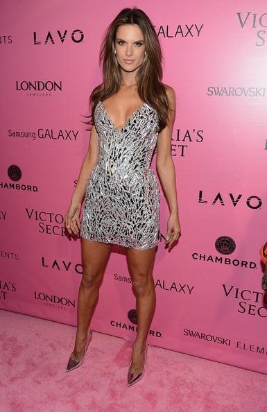 Alessandra+Ambrosio+2012+Victoria+Secret+Fashion+i23pHwbXRLrl