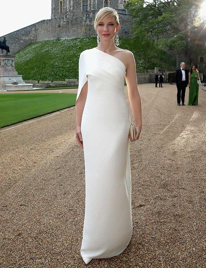cate-blanchett-a-dinner-to-celebrate-the-work-of-the-royal-marsden-hosted-by-the-duke-of-cambridge-at-windsor-castle-may-13-2014-windsor-england-getty_GA