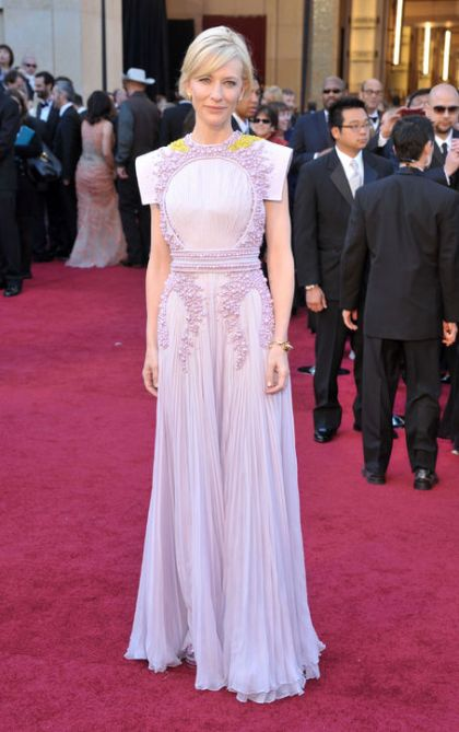 cate-blanchett-givenchy-lilic-gown-oscars-2011-h724
