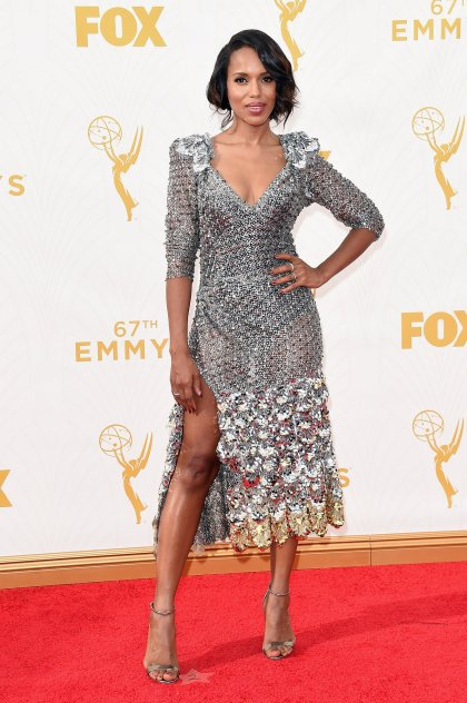 kerry-washington-emmys-red-carpet-2015