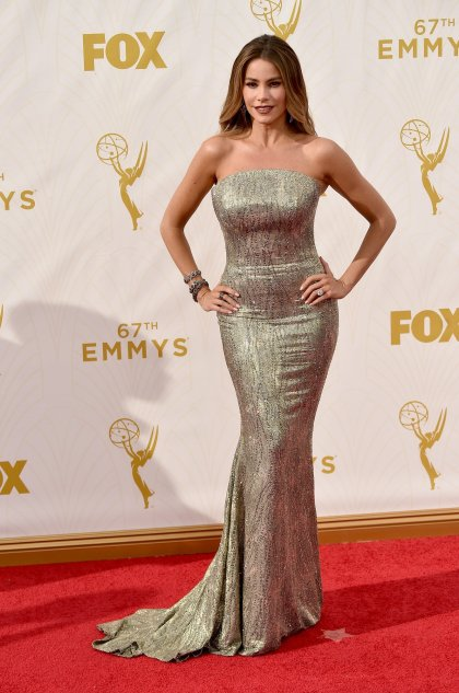 sofia-vergara-emmys-red-carpet-2015