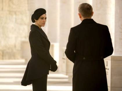 Monica-Bellucci-02_Spectre-Bond_1280x960