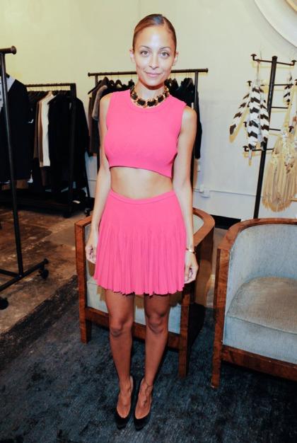 nicole_richie_style_pink