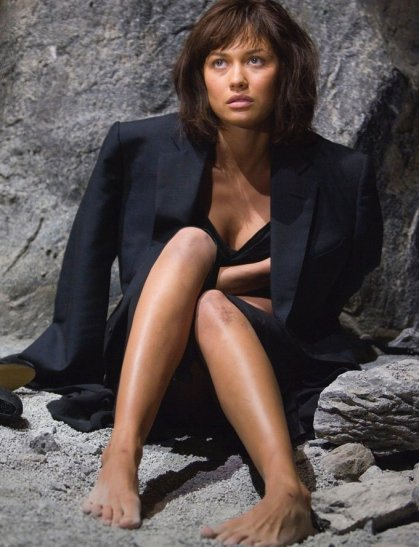 Olga-in-Quantum-of-Solace-olga-kurylenko-6942312-680-889