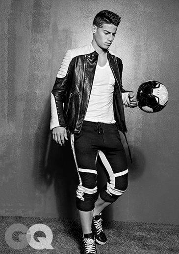 1429046999533_james-rodriguez-gq-magazine-may-2015-02