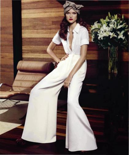 6e5f9684d1ace386_kasia-struss-for-harpers-bazaar-us-december-2-L-nsyZ8D