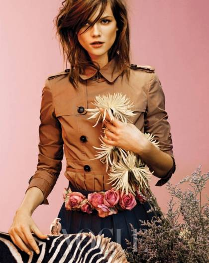 Kasia-Struss-Vogue-Korea-9