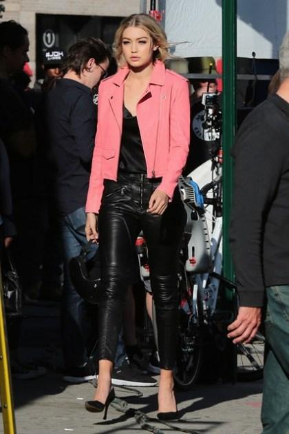Gigi-Hadid-Vogue-30Apr15-Getty_b_426x639
