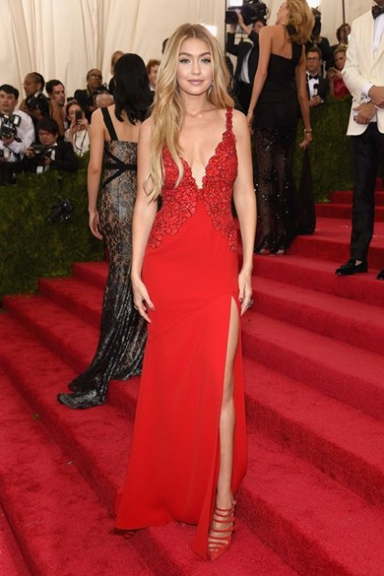 Gigi-Hadid-Vogue-5May15-Getty__426x639