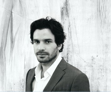 santiago-cabrera-photo-9