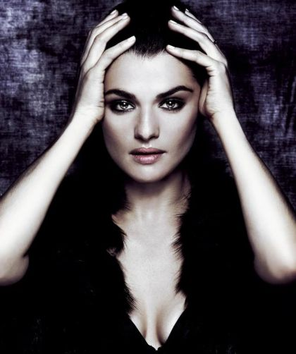 rachel-weisz-at-a-photoshoot_3
