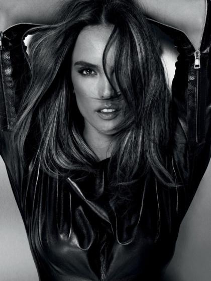 Alessandra-Ambrosio-Marie-Claire-Brazil-June-2015-Cover-Photoshoot04