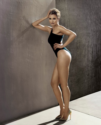 1463236344_cameron-diaz-photoshoot-for-esquire-2014-1-iz-10