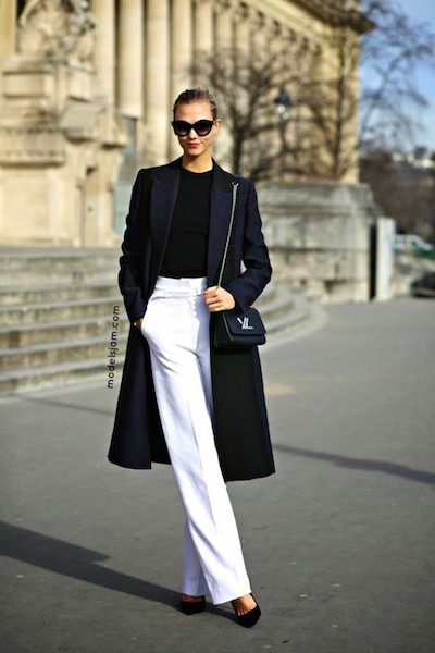 Model-Off-Duty-Style-Karlie-Kloss-Office-Ready-White-Pants-Look