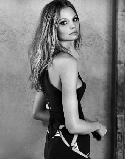 Magdalena-Frackowiak-by-Alex-Cayley-for-Zoo-Magazine-2